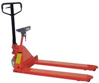Pallet truck with scale attached